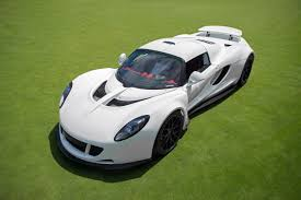 World's Fastest Car: Hennessey Venom GT reached 435.31 km/h (270.49 mph) 3