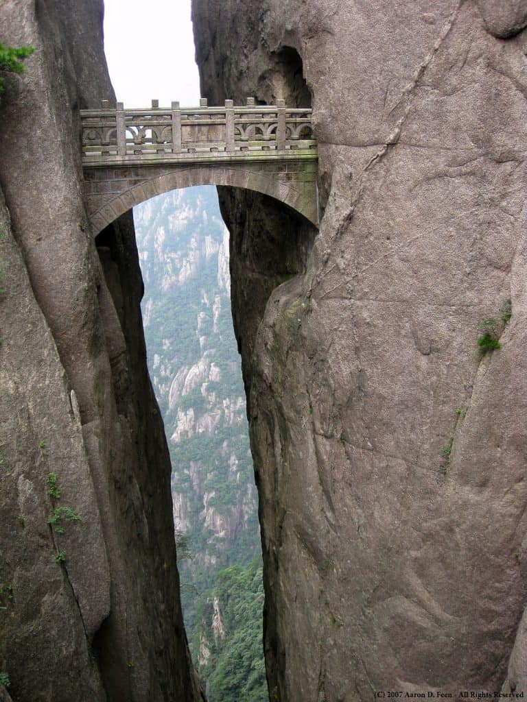 Mount Huashan, China: The Most Dangerous Hiking Trail in the World 6